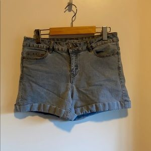3/$45 - Noisy May Denim Shorts